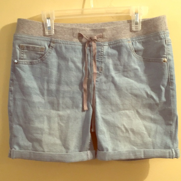 Justice Other - NWOT GIRLS SIZE 18 BLUE DENIM SHORTS BY JUSTICE